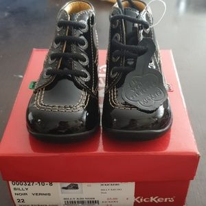 Kickers Billy high top bootie black leather patent